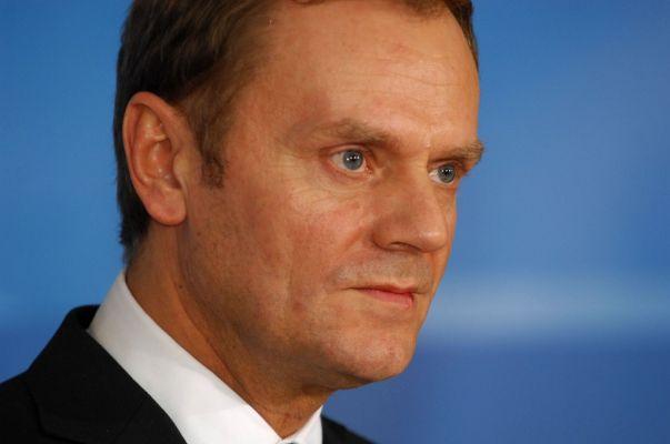 Туск призвал лидеров ЕС продлить санкции против России еще на полгода