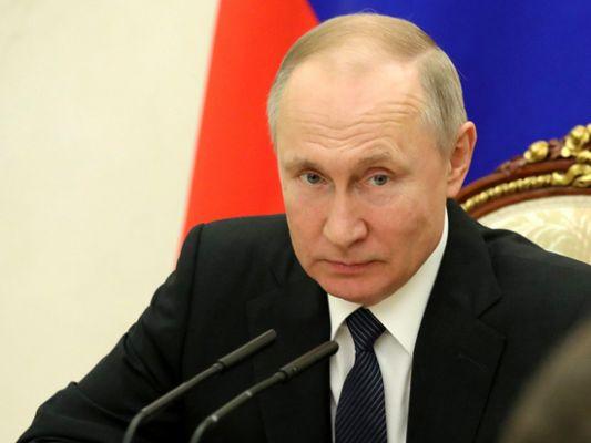 4a82876a89cbab274a51550d641be Путин попросил чиновников-сибиряков надеть шапки