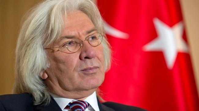 Посол Турции в ФРГ вернулся в Берлин