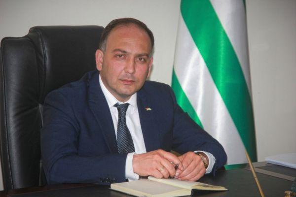 Тбилиси маниакально отслеживает действия Абхазии попризнанию— Даур Кове