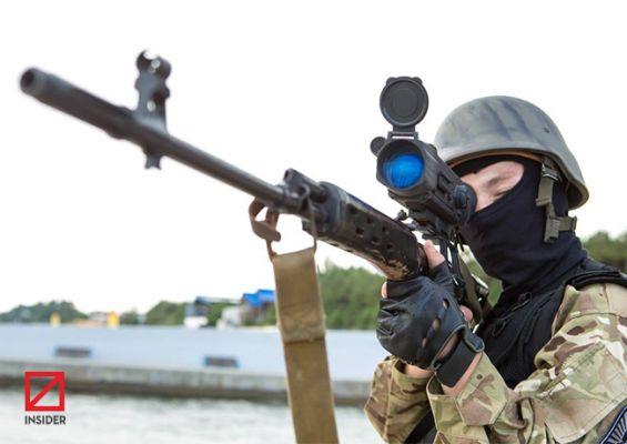 Киев перебросил на Донбасс группу снайперов-националистов