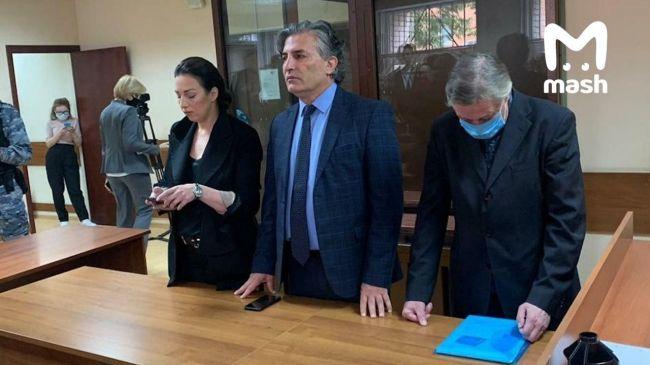 Приговор по делу Михаила Ефремова о ДТП со смертельным исходом